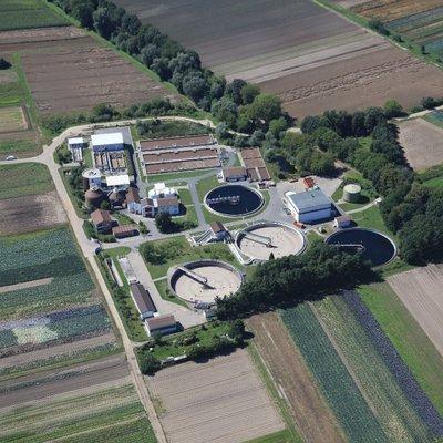 Luftaufnahme der Kläranlage Griesheim