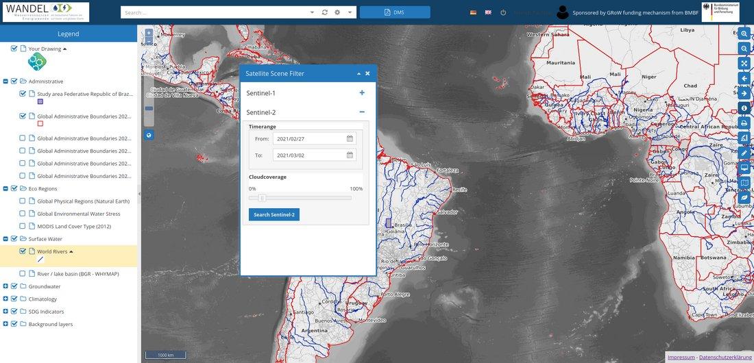 Das Bild zeigt einen Screenshot des WEOMerge. Eine Weltkarte zeigt unterschiedliche wasserbezogene Satellitendaten. Auf der linken Seite befindet sich eine Leiste zur Auswahl der gewünschten Daten.
