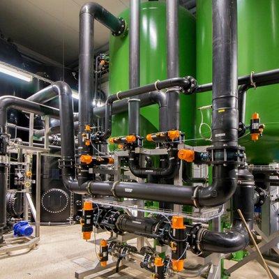 Brüdenkondensataufbereitung u.a. mit Mehrschichtfiltern für Molkereien, Deutschland