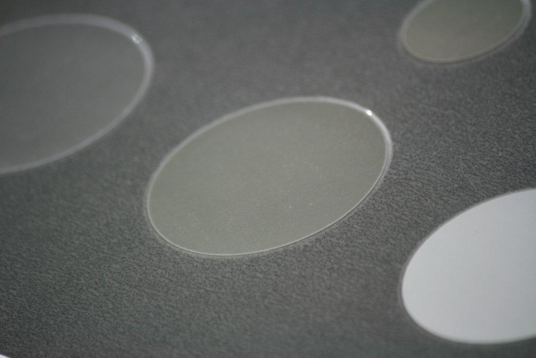 Abbildung einer Membran zur Filtration und Analyse von Mikroplastik